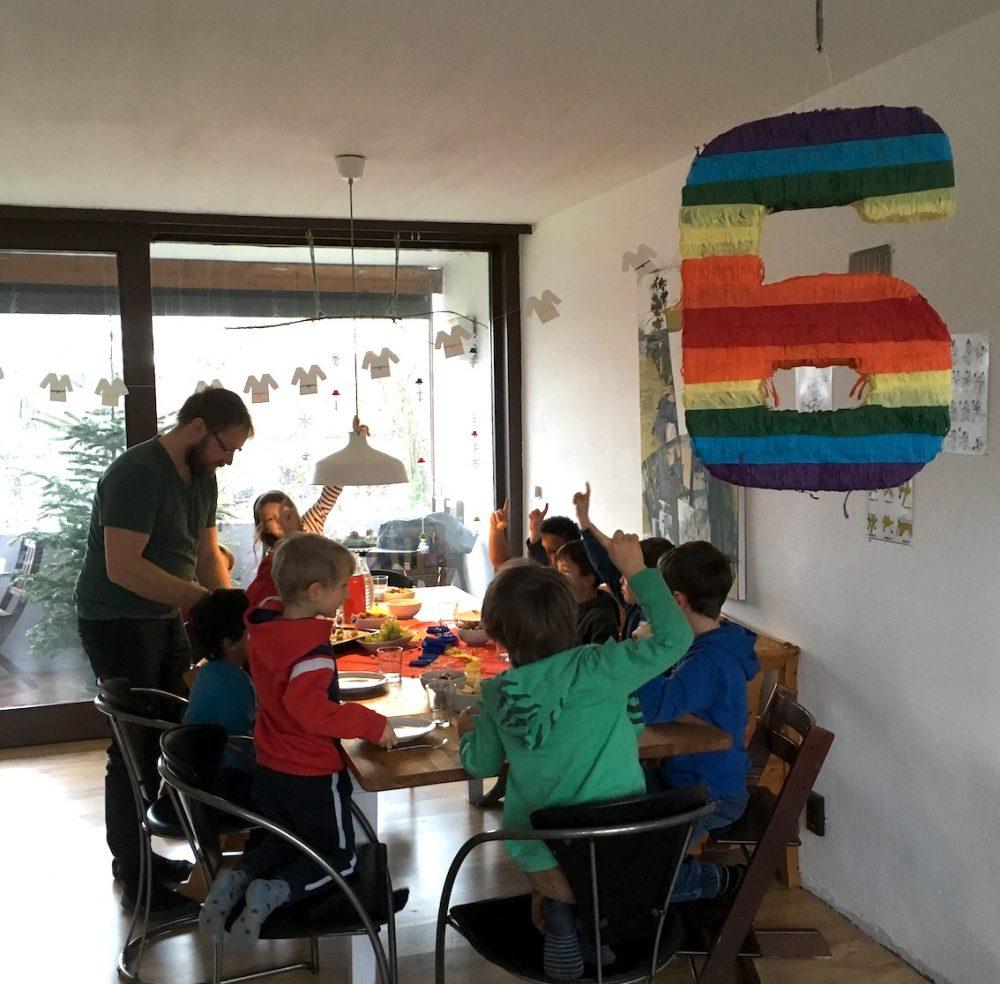 Kindergeburtstag mit Zahlenpinata 6